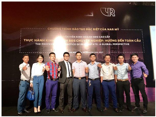 Hé lộ 3 tiêu chí ở một người đàn ông thành công của doanh nhân Đặng Lê Nguyên Vũ: Chọn đúng việc, chọn đúng vợ và chọn đúng cà phê!